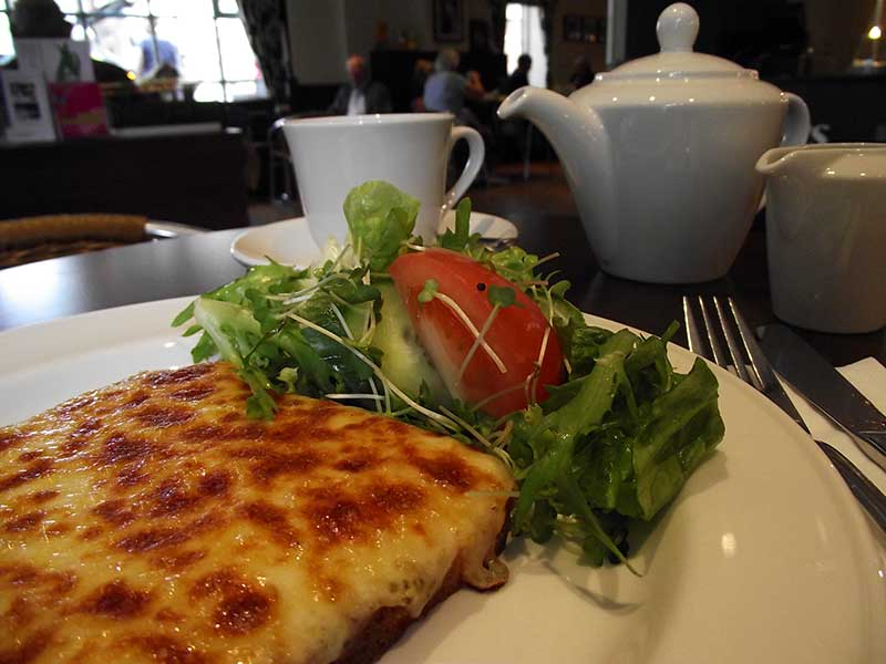 Welsh Rarebit with Salad